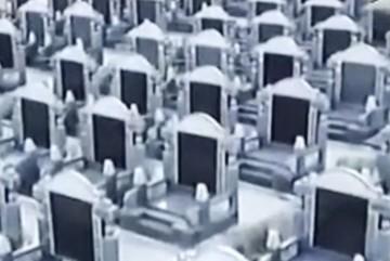 Kỳ lạ hàng chục nghìn ngôi mộ dành cho người sống