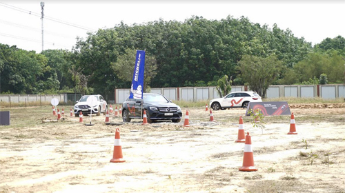Michelin đồng hành Học viện Lái xe An toàn Mercedes-Benz