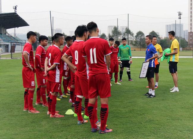 HLV Hoàng Anh Tuấn,U19 Việt Nam,HLV Park Hang Seo,Quang Hải,Bùi Tiến Dũng