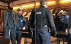 Vào quán không uống cà phê, lập tức bị gọi cảnh sát bắt