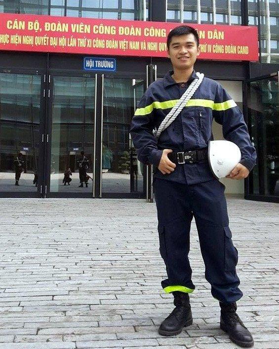 Chuyện người hùng cứu hỏa trong tòa nhà bốc cháy