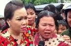 Fan cuồng mặc con dâu đau đẻ vẫn xin chụp hình cùng Việt Hương