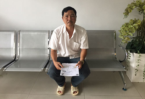 KHi chăm vợ ở bệnh viện, anh Tưng đi khám cũng phát hiện bệnh ung thư