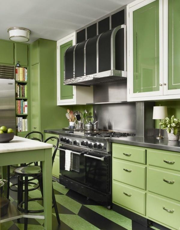 Bếp màu xanh lá cho không gian nấu nướng đón Hè thêm mát mẻ