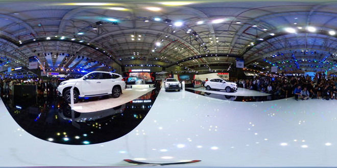 Ô tô Lexus Nhật 900 triệu, Việt Nam gần 3 tỷ: Đắt hàng đầu thế giới