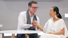 Màn cầu hôn cực lạ chồng Tây dành cho Đoan Trang