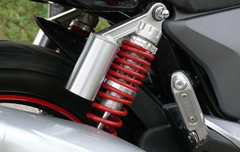 Khi nghe những tiếng ồn này từ xe máy, cần mang xe đi bảo dưỡng ngay