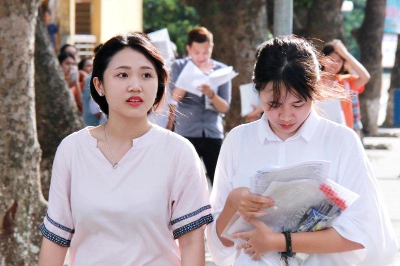 Kết quả hình ảnh cho Thí sinh tham gia kỳ thi THPT quốc gia 2018