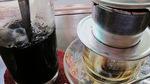 Nạp năng lượng buổi sáng, nào ngờ uống phải chất độc