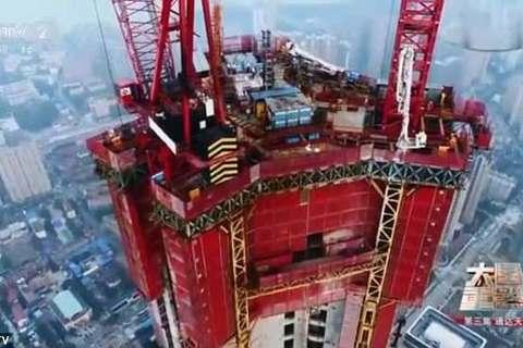 cỗ máy xây nhà chọc trời