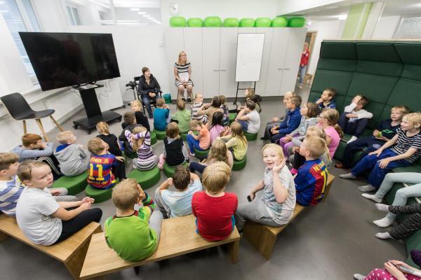 Phần Lan: Trường học không tường ngăn, không bàn ghế