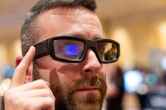 Intel từ bỏ dự án kính thông minh vì thiếu kinh phí