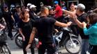 Hà Nội: Công an điều tra vụ nam thanh niên bị đánh dã man giữa phố