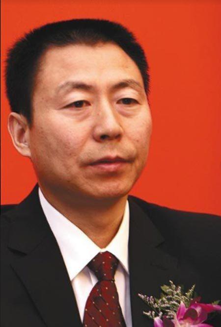 Lộ mặt quan chức TQ bền bỉ đưa hối lộ để được cất nhắc