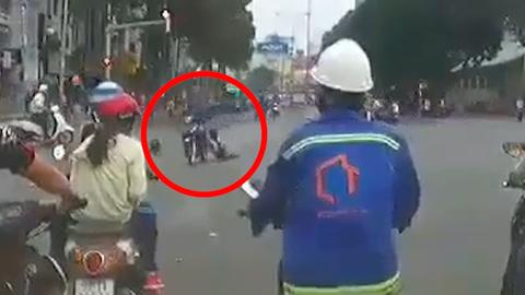 Cô gái bị cướp giật kéo lê hơn 20 mét ở trung tâm Sài Gòn