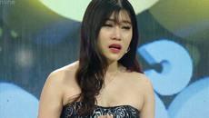 Nữ người mẫu bật khóc vì bạn trai tán tỉnh gái lạ trên Facebook