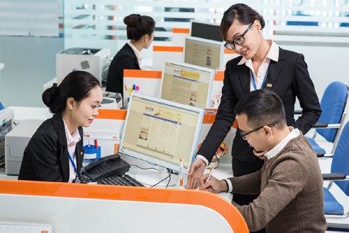 SHB tặng vé xem hài kịch cho khách hàng Đông Nam Bộ