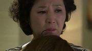 Nghe mẹ lấy chồng giàu, giờ tôi ôm hối hận muộn màng vì quá mệt mỏi với thói ghen tuông của chồng
