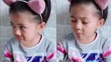 Cô bé vừa ăn vừa hát làm tan chảy trái tim người nghe