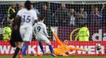 Nhìn Morata bỏ lỡ khó tin, fan Chelsea đòi bán ngay