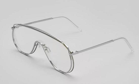 Kỳ Duyên đụng hàng chan chát dù sở hữu bộ sưu tập kính đắt đỏ