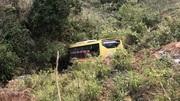 Xe bồn lao xuống đèo ở Kom Tum, tài xế tử nạn