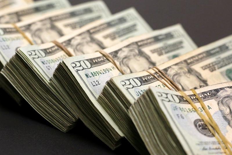Tỷ giá ngoại tệ ngày 21/4: USD bật tăng, lấy lại thế mạnh