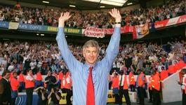Wenger rời Arsenal sau 22 năm: Chỉ có thể là yêu...