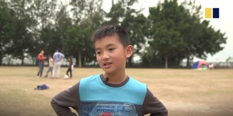 Áp lực học tập đè nặng học sinh Hong Kong
