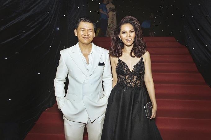 Ca sĩ Lý Hoàng Kim hội ngộ hoa hậu H'Hen Niê