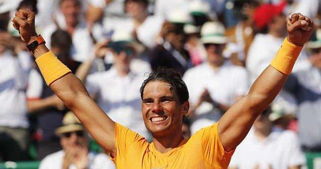 Nadal 'tốc hành' vào tứ kết, xô đổ kỷ lục tồn tại 34 năm