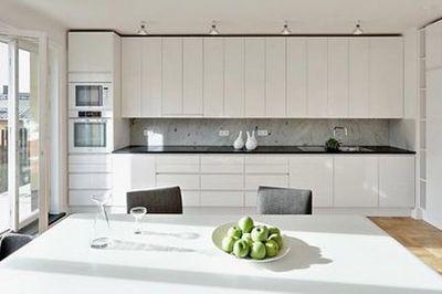 Cách tối giản nội thất nhà bếp tránh bề bộn