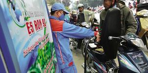Vào kỳ điều chỉnh giá xăng dầu: Tăng tới 500 đồng/lít