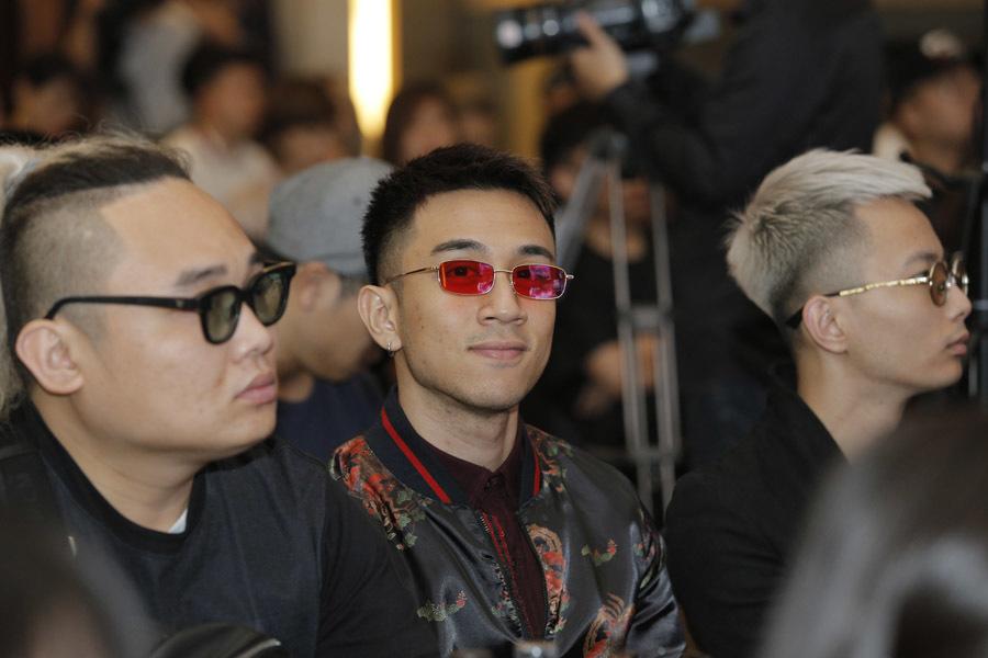 DJ Minh Trí không sợ lép vế trước bộ ba huyền thoại Above & Beyond