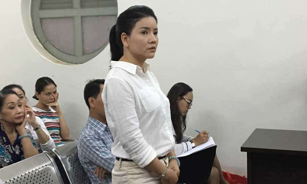 Diễn viên Ngọc Trinh từ chối 52 suất diễn tại Nhà hát Kịch
