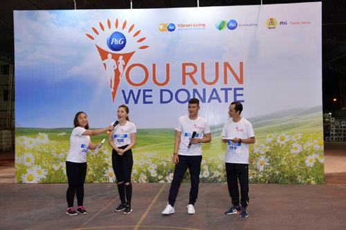 Chạy bộ từ thiện giúp trẻ em nghèo có cơ hội đến trường