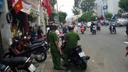 Va chạm giao thông, nam thanh niên bị đâm gục trên phố