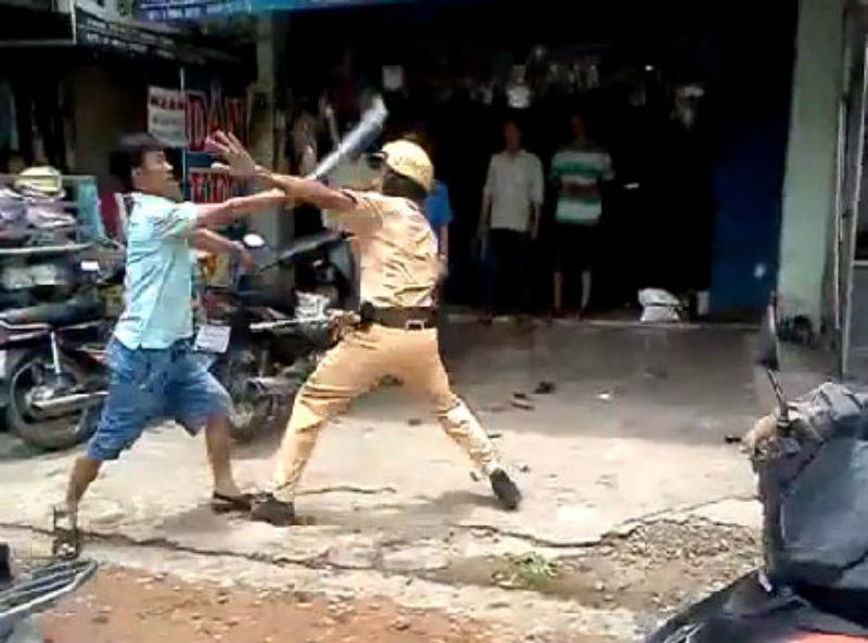 tấn công cảnh sát,cảnh sát,chống người thi hành công vụ,Sài Gòn