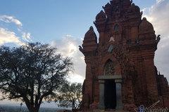 Huyền bí tháp Chàm Ninh Thuận