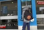 Bé 12 tuổi trộm thẻ tín dụng, một mình bay từ Úc tới Bali