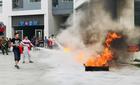 Cư dân Hồng Hà Eco City tập luyện phòng cháy chữa cháy