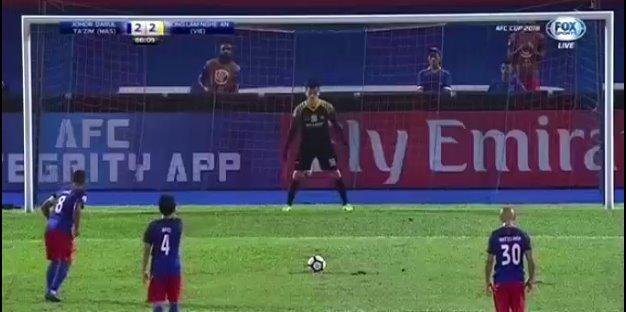 Johor Darul 3-2 SLNA: Chủ nhà vượt lên phút 66