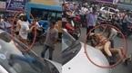 Hà Nội: Cảnh sát giao thông quật ngã lái xe taxi giữa phố