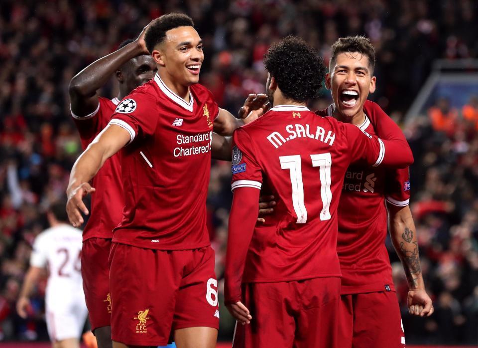 HLV Klopp gượng cười: 'Liverpool chỉ chơi hay 80 phút'