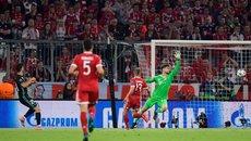Bayern Munich 1-2 Real Madrid: Ronaldo ăn mừng hụt (H2)