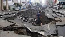 Ngày này năm xưa: Mặt đất dậy sóng, hơn 100 người chết