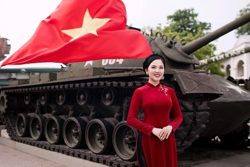 Á quân Sao Mai Thuỳ Dung hóa thiếu nữ Hà Nội xưa