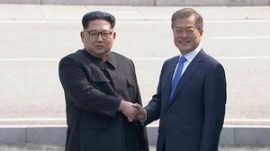 Lãnh đạo Hàn - Triều gặp mặt lần đầu sau 11 năm