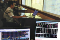 Stock market still hot, but experts warn of oversupply