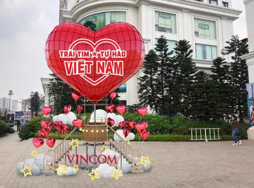 Bùng nổ khuyến mại mừng đại lễ ở Vincom